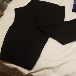 Lularoe tall and curvy black leggings